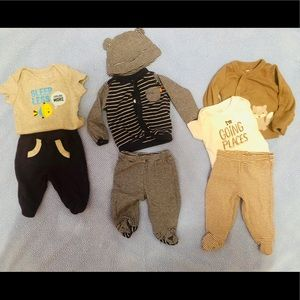 Carter's newborn clothes